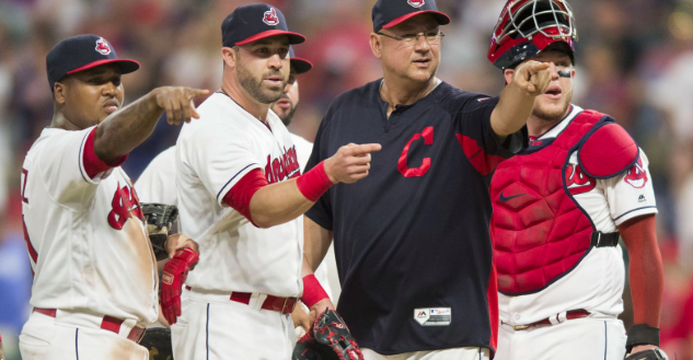 Indians Extend Manager Terry Francona Through 2022