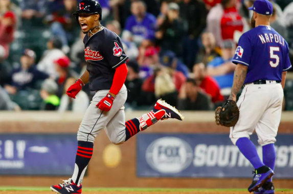 VIDEO: A Bunch of Indians Grand Slams!