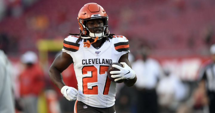 VIDEO: Kareem Hunt's Teammates Are Excited to See His Return