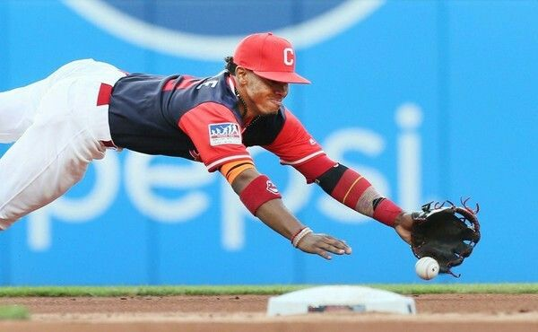 VIDEO: MLB Top Infield Plays of the Decade!