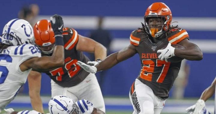What Should the Browns do with Kareem Hunt?